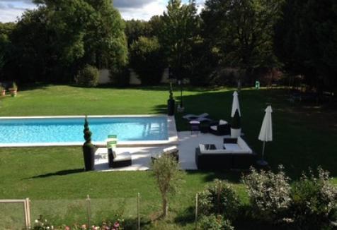 Jardin-Le-Clos-des-Aubrys-chambre-hotes-Indre-Berry-Châteauroux